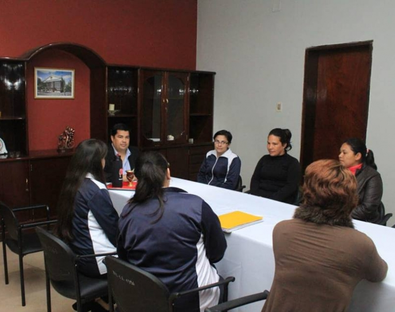 Escuela Defensores del Chaco, en la agenda de la Gobernación de Ñeembucú