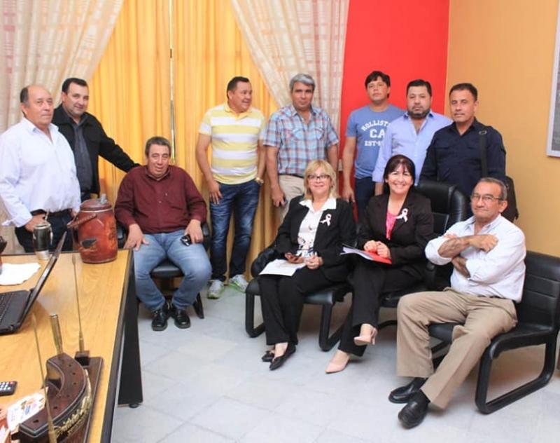 Gobierno Departamental presenta proyectos de trabajo conjunto a Intendentes de Ñeembucú