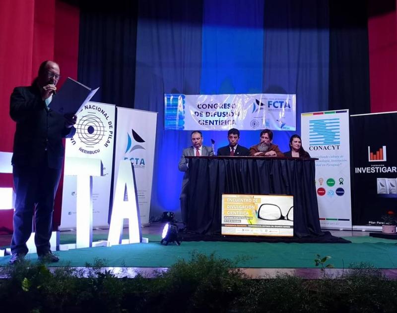 Presencia del Gobernador de Ñeembucú en Jornada Anual de Investigación