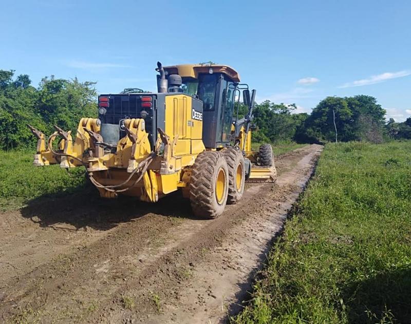 Gobernación de Ñeembucú trabaja por recuperar la transitabilidad de los caminos del Norte