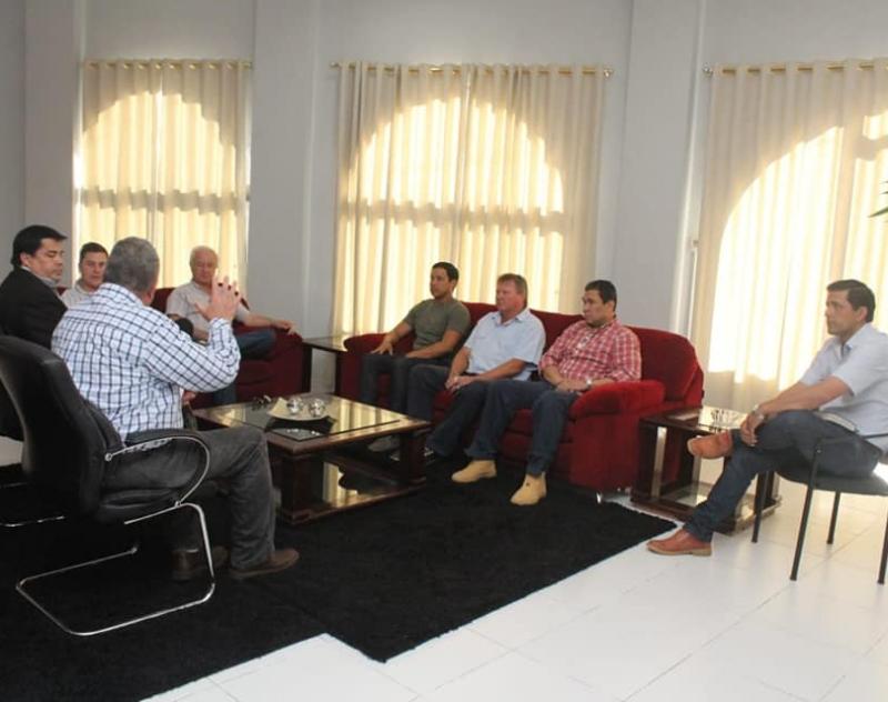El Gobernador se reunió con Directivos de la Asociación Rural del Paraguay, Regional Ñeembucú