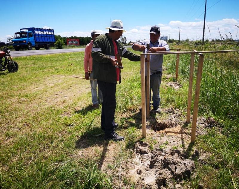 Proyecto de hermoseamiento del acceso a la ciudad de Pilar. (Promo 76 egresados del CNPilar)