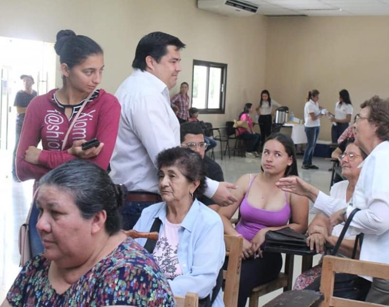 Gobernador de Ñeembucú valora el trabajo interinstitucional para beneficio de la gente.