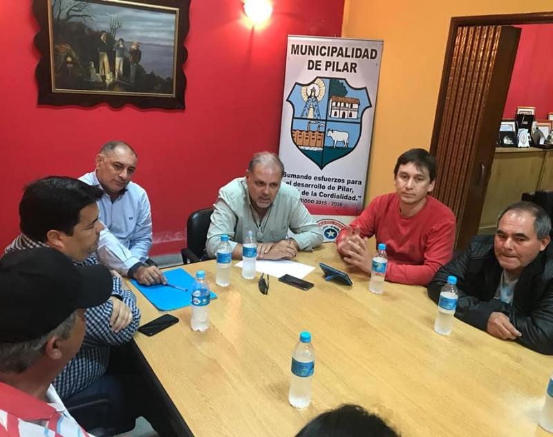 Reunión ejecutiva en la Municipalidad de Pilar