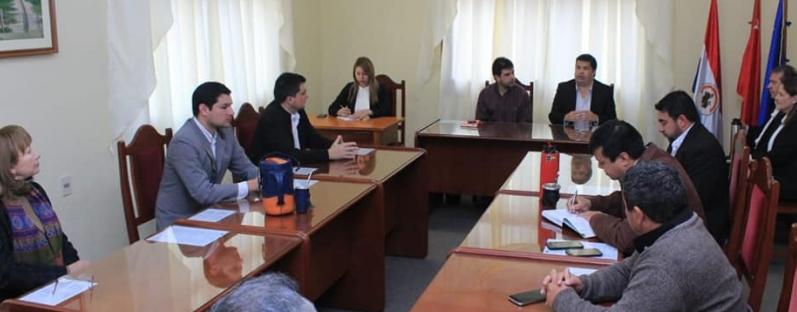 El Gobernador de Ñeembucú Lic. Luis Benítez participó por segunda vez, de la sesión de la Junta Departamental
