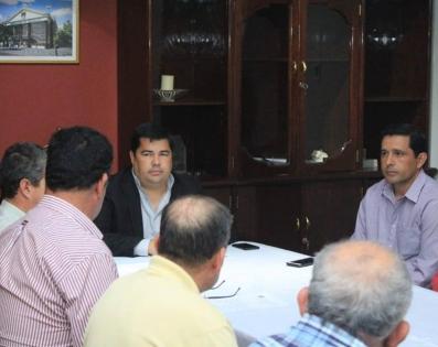 Gobernador de Ñeembucú se reunió con Productores Agropecuarios