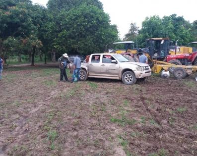 Preparación de suelo en el distrito de Alberdi, ...