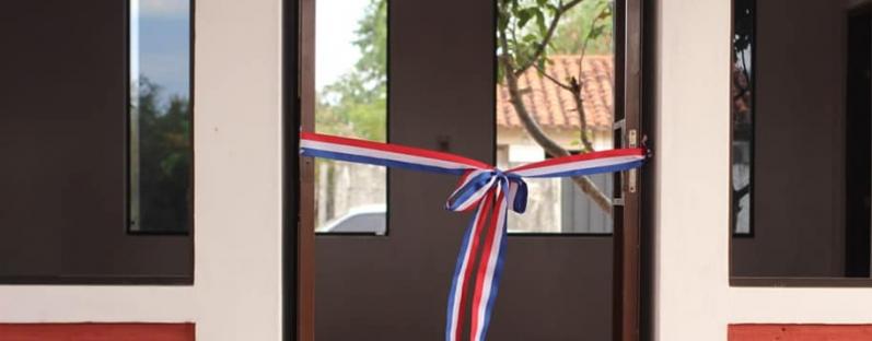 Inauguración de moderna sala de clases en la ...